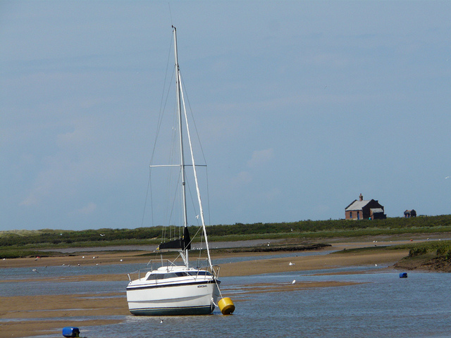 Boat house: Low tide at Blakeney